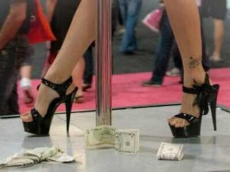 stripper dancing in platforms